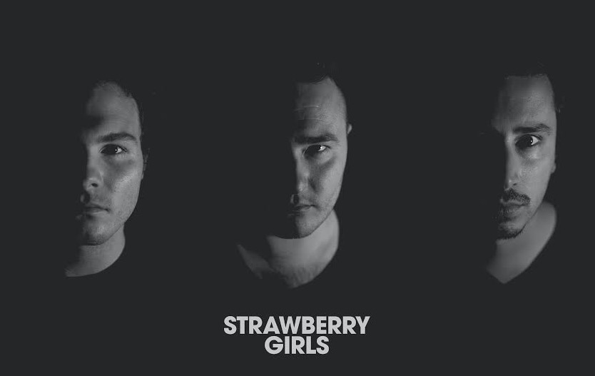 Strawberry_Girls_-_News_(717-463)