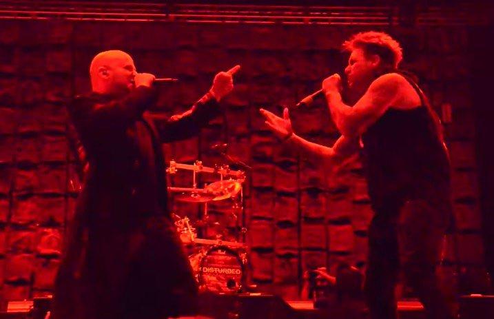 Disturbed__Papa_Roach_singer_-_News